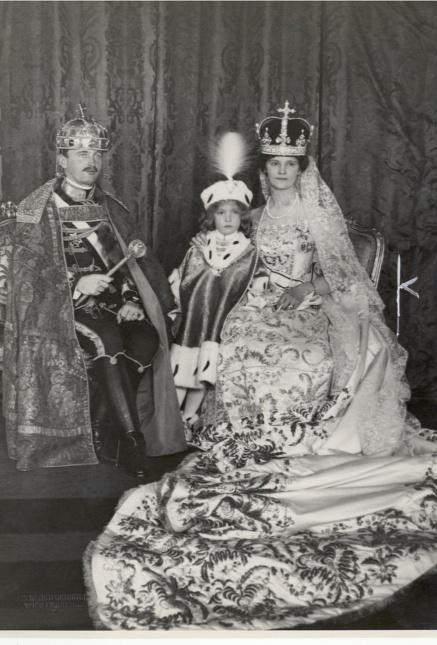 IV. Károly király, Zita királyné és a gyermek Habsburg Ottó